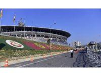 Galatasaray ve Trabzonspor TT Arena'ya geldi