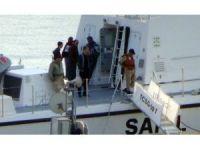 Yan yatan geminin 8 personeli kurtarıldı