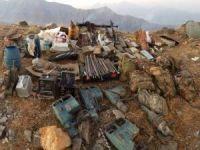Hakkari'de çok sayıda silah ve malzeme ele geçirildi