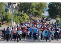 Kumluca'da Cumhuriyet Yürüyüşü yapıldı