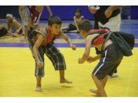 Kapışmalı Aba Güreşi Türkiye Şampiyonası Hatay'da başladı