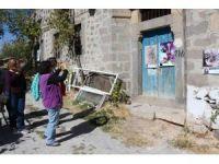 Ünlü ressam köylerde resim sergisi açıyor