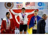 Ayşegül Çakın Yıldızlar Dünya Şampiyonu