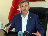 Özdağ, AK Parti'nin Afyonkarahisar kampını değerlendirdi