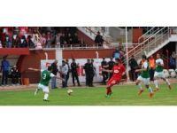 Nevşehirspor 3 puanı 3 golle aldı