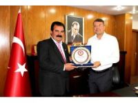 """Başkan Turgut: """"Muhtarlarımızla iç içeyiz"""""""