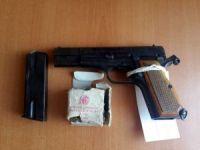 Didim'de ruhsatsız tabanca yakalandı