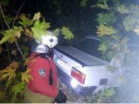 Şarampole yuvarlanmış otomobilde şüpheli ceset