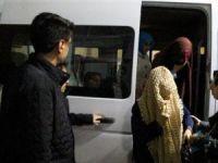 İzmir'de yakalanan Fethullah Gülen'in iki yeğeni Erzurum'a getirildi
