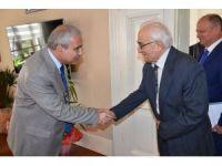 Hayırsever Dr. Ömer Faruk Meriç'ten eğitime bir katkı daha