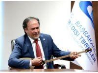 Nogay Halk Müziği Sanatçısı Sultanbekov, 15 Temmuz anısına türkü söyledi