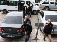 Van'da okul yakanlara operasyon