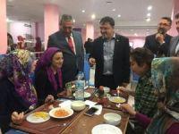 """AK Parti Yozgat Milletvekili Yusuf Başer """"Öğrencilere otel konforunda yurt hizmeti sunuyoruz"""""""