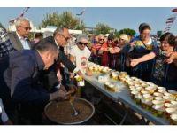 Konyaaltı Belediyesi'nden Aşure etkinliği