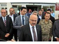 Bingöl Valisi, yaralı askerleri ziyaret etti