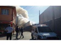 Yakılan çöp mahallede paniğe neden oldu
