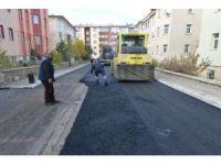 Yeşil sokaklara asfalt yapılıyor