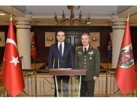 AB Bakanı Çelik'ten Genelkurmay Başkanı Akar'a ziyaret