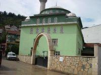 Derece Camii'nde düzenleme çalışmaları sürüyor