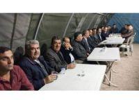 AK Parti, şehit ailesine taziye ziyaretinde bulundu