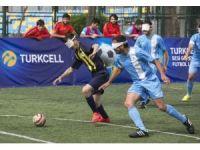 Turkcell Sesi Görenler Ligi'nde lider, deplasmanda 3 puanı 7 golle aldı