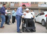 Silopi Kaymakamı Savaş Konak'tan engelli vatandaşa akülü araç