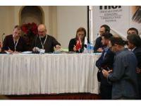 Türkiye Halk Oyunları Federasyonu'nda Hayri Gürhan Ozanoğlu yine başkan