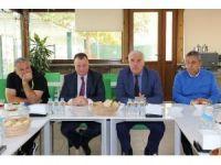 Büyükşehir yönetiminden Eriş ve futbolculara tam destek