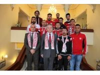Sivasspor taraftar grubundan, Vali Gül'e ziyaret