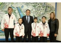 Canik Belediyespor'un sporcuları gururlandırdı