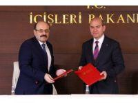 İçişleri Bakanlığı Göç İdaresi Genel Müdürlüğü ile YÖK arasında iki ayrı protokol imzalandı