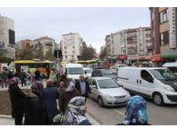 Başkan'ın 'prestij' caddesi'nde trafik felç