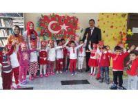 Nezaket Okulları Cumhuriyet Bayramını kutladı