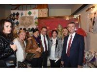 Edremit'te 'Geçmişten Günümüze Cumhuriyet Gelinleri' sergisi açıldı