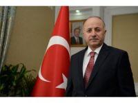Erzurum Valisi Seyfettin Azizığlu'ndan Cumhuriyet Bayramı kutlama mesajı