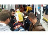 Karamürsel'de otomobil ile motosiklet çarpıştı: 2 yaralı