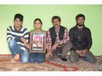DAEŞ'in kaçırdığı askerin ailesi umutlu bir haber bekliyor