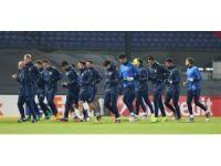 Fenerbahçe, Feyenoord maçı hazırlıklarını tamamladı
