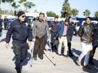 Antalya'da PKK şüphelisi 19 kişi adliyede