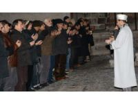 Aksaray'da şehitler için gıyabi cenaze namazı kılındı