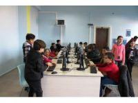 Ayvalıklı çocuklar kodlamada sınırları zorluyor