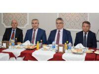 Vali Aykut Pekmez gazetecilerle buluştu
