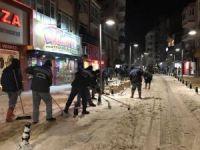 Kırklareli'nde kar temizliği devam ediyor
