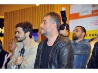 Çalgı Çengi İkimiz galasına İzmir'de yoğun ilgi