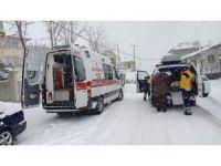 Afyonkarahisar 112 ekibi zorlu doğa şartlarına meydan okuyor