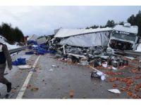 Afyonkarahisar'da zincirleme trafik kazası (2)