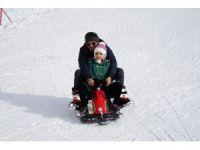 Ilgaz, kayak severlerin akınına uğradı