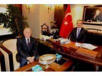 Başkan Köşker, Erzurum Büyükşehir Belediye Başkanını ağırladı