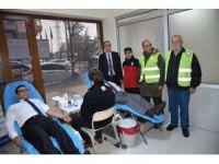 Yunusemre Kent Konseyi'nden Kızılay'a kan bağışı
