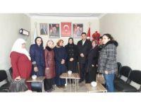AK Partili kadınlardan Özalp ilçesine ziyaret